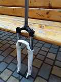 СРОЧНО, Новая, Алюминиевая фирменная вилка на велосипед на 26-е колесо доставка из г.Odessa